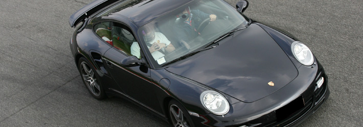 Pilotare una Porsche 911 Turbo